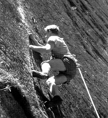 John Ewbank on Eternity (17), Mt Piddington, Blue Mountains. Circa 1967. Photo Ewbank Collection.