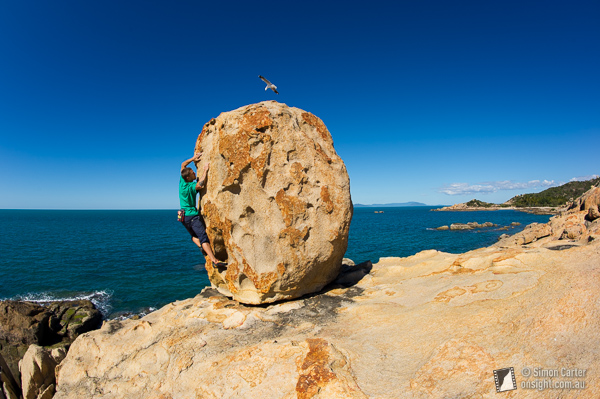 Tomic Kluzniak bouldering at Bowen.