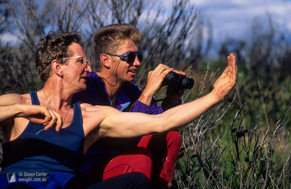 Sandbag in progress? John Ewbank getting Adam Darragh psyched as they reconnoiter a new route that they attempted the next day in the Grose Valley, Blue Mountains. 1997?