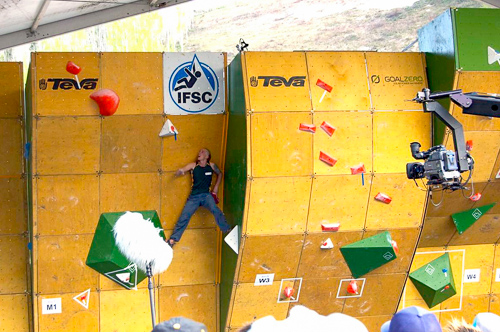 Pffft! No hands rest! Chris Webb Parson competing in the World Cup Bouldering.