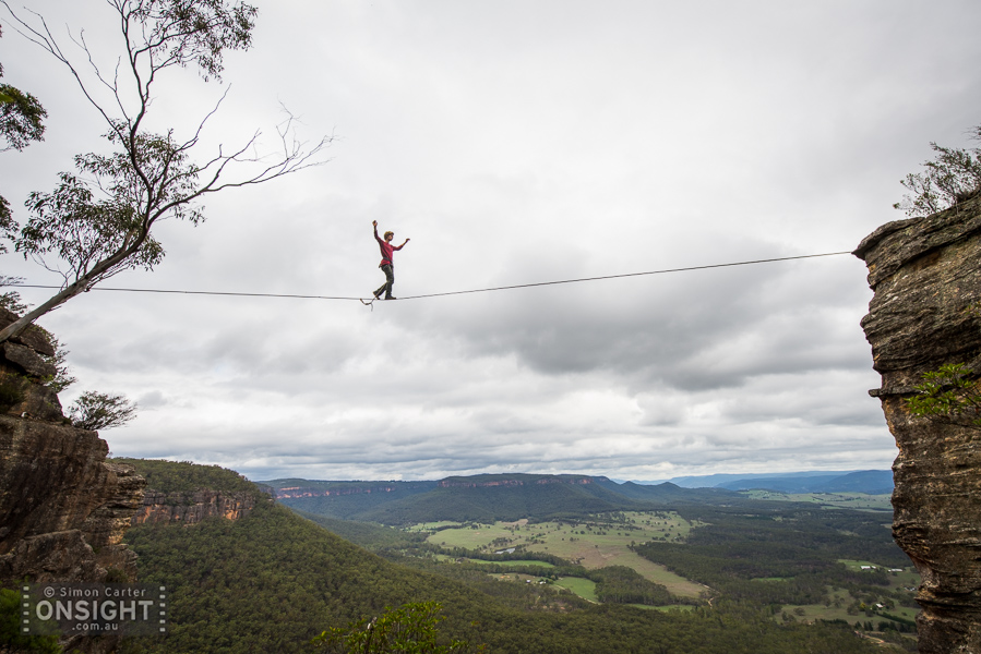 James Short stridently striding the length of a mega-long line, somewhere high above the Megalong Valley, Blue Mountains.