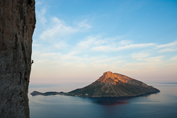 Evan Stevens, The Siege of Thermopylae (6c+), sector Spartacus, Kalymnos, Greece, with Telendos Island in the background.