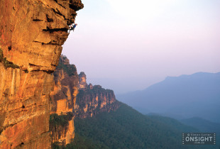 Phil Sage, Storm from the East (24), Katoomba Cliffs, Blue Mountains, NSW, Australia. Ref: 025 007 06.